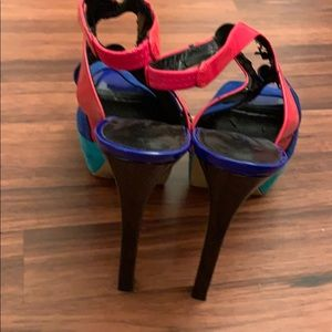 Jessica Simpson Shoes - Jessica Simpson multicolored heels